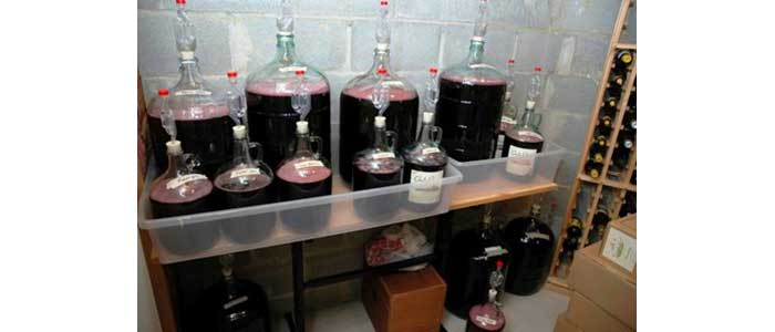 Как се прави хубаво домашно вино - Статии.com